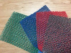 Thảm nhựa lưới trải bể bơi