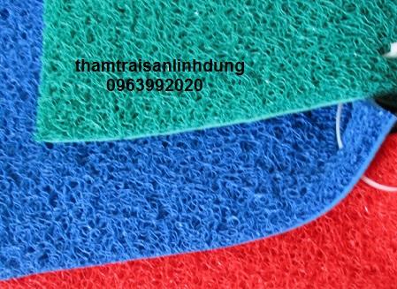 Thảm nhựa rối chùi chân màu xanh cản bụi bẩn