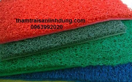 Thảm nhựa rối giá rẻ có nhiều màu